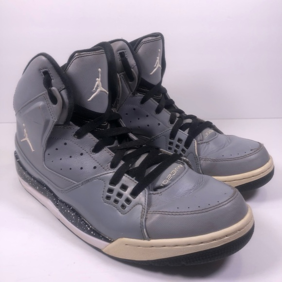 sports shoes e2848 86840 M 5c40dadec89e1d9cf7c440ec